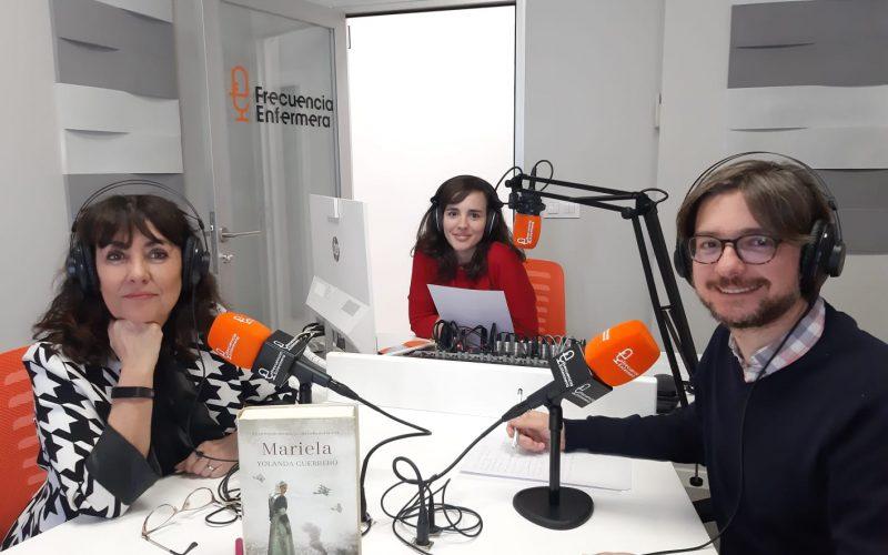 Fotografía en Frecuencia Enfermera con Yolanda Guerrero y su novela Mariela
