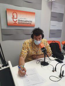 Iris y Pedro Soriano en Frecuencia Enfermera grabando el podcast de ffpaciente 3