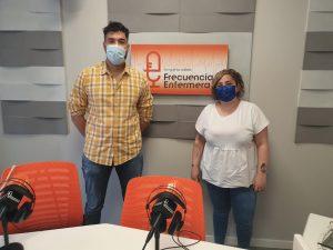 Iris y Pedro Soriano en Frecuencia Enfermera grabando el podcast de ffpaciente 5